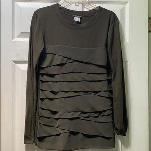 Venus shirt with layers